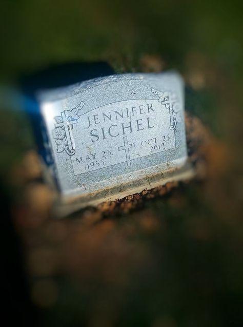 Jennifers headstone 2